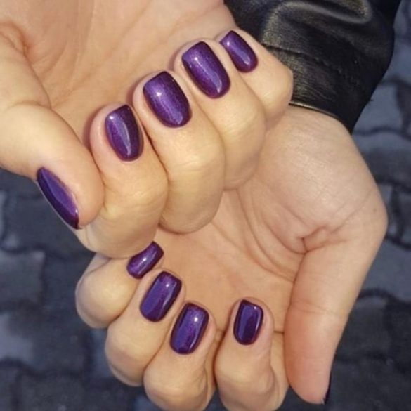 Gel Lac -DN247-Irresistibile Violet